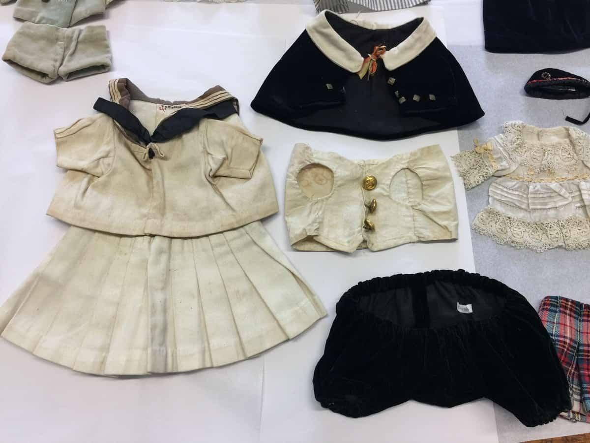 Pumpie's clothes